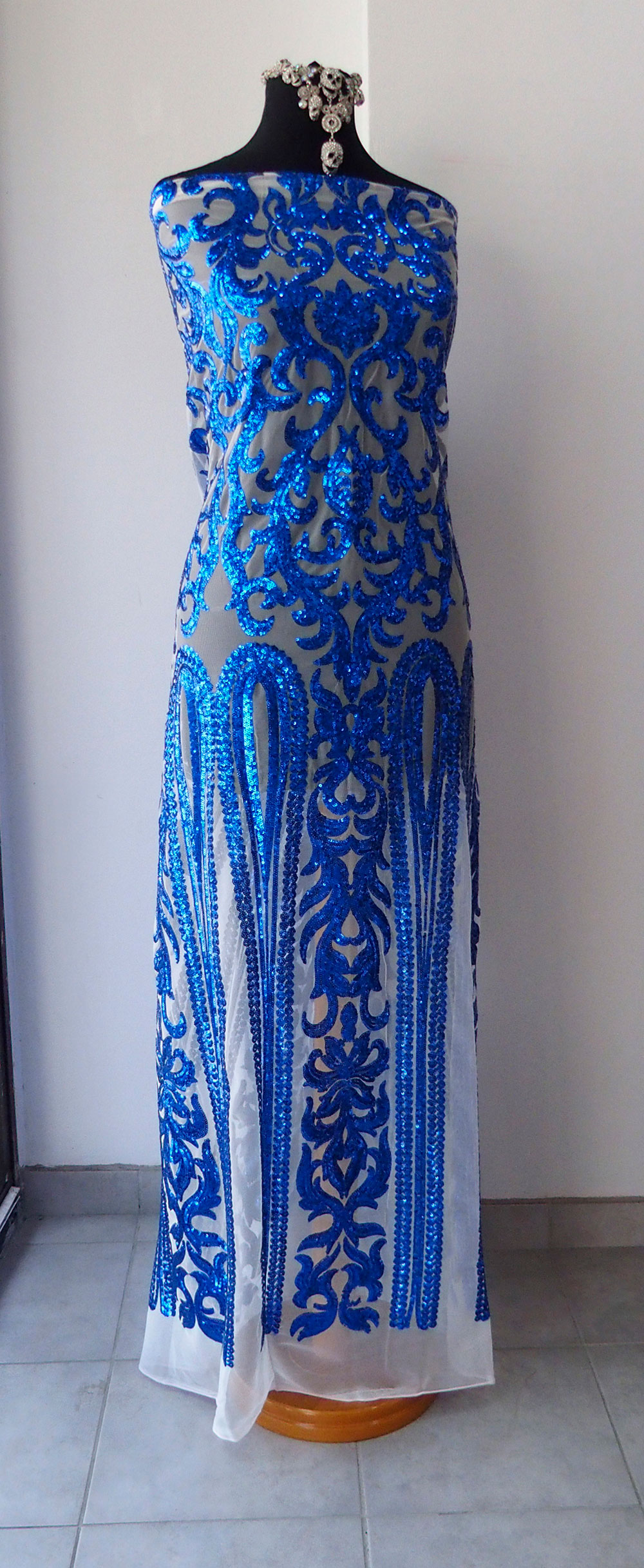 Blue Beaded Fabric Sequins Embroidery On Tulle Baroque