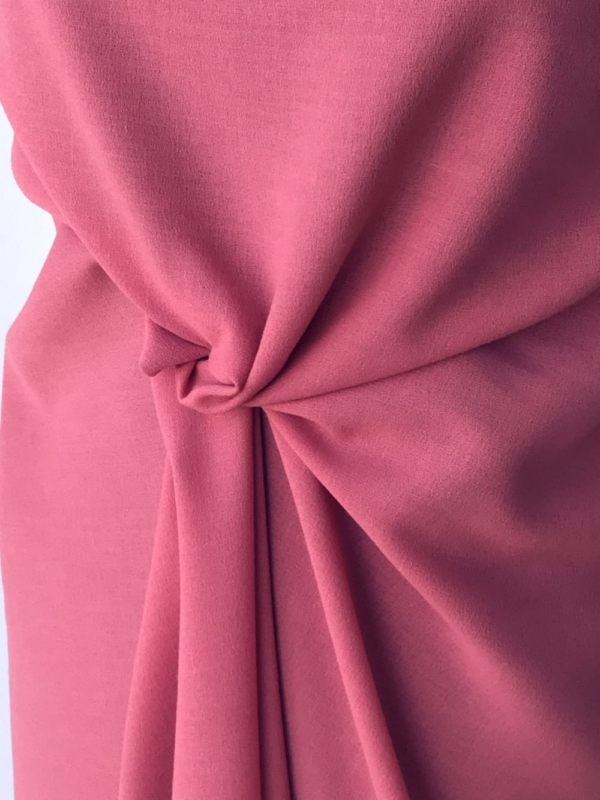 pink crepe fabric polyester wool made in UK skirt dress suit wool georgette pebble crepe