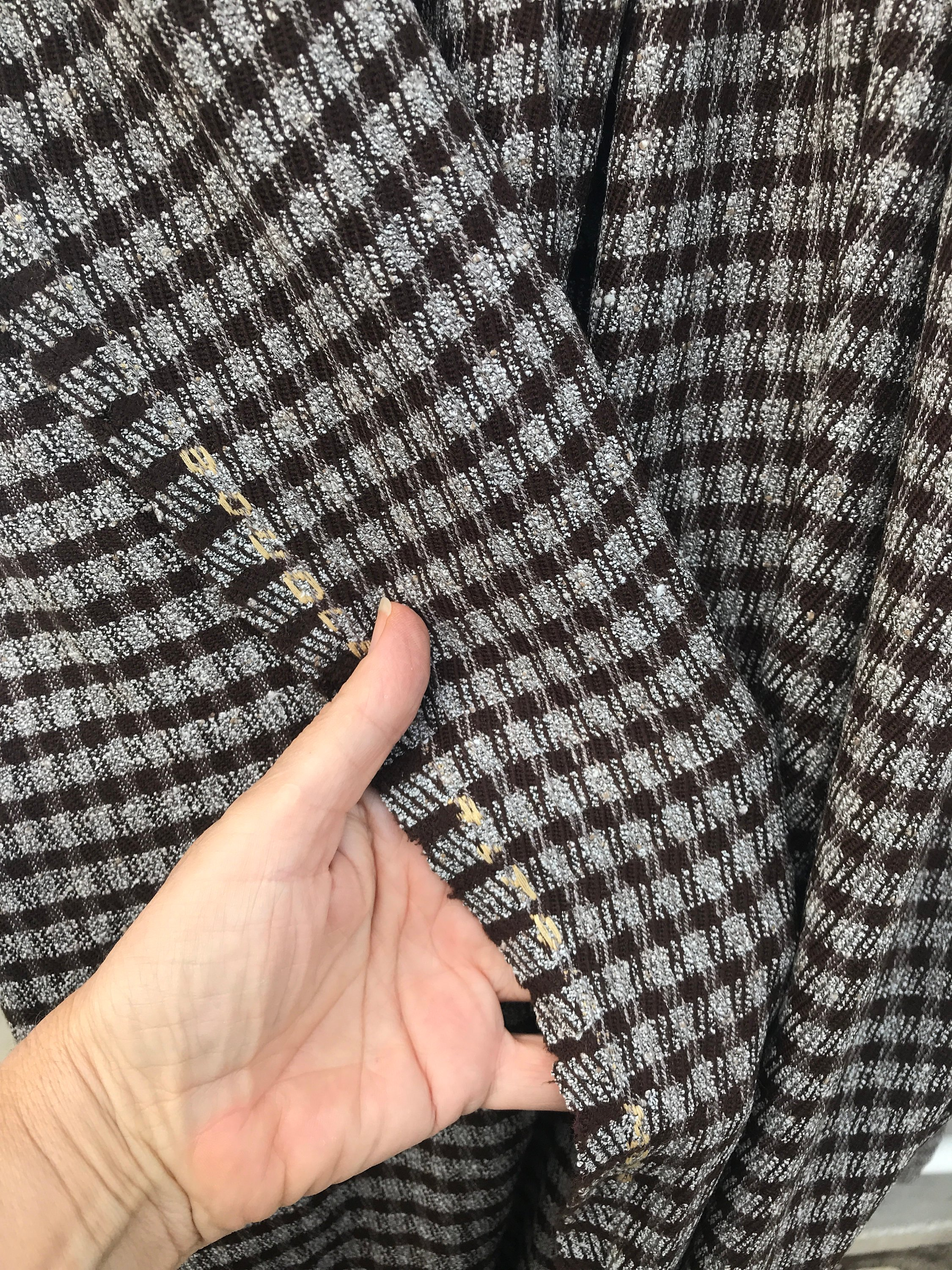 houndstooth dogtooth wool fabric brown on grey check fabric pure wool suiting jacketing trousering skirt wool worsted made in Italy