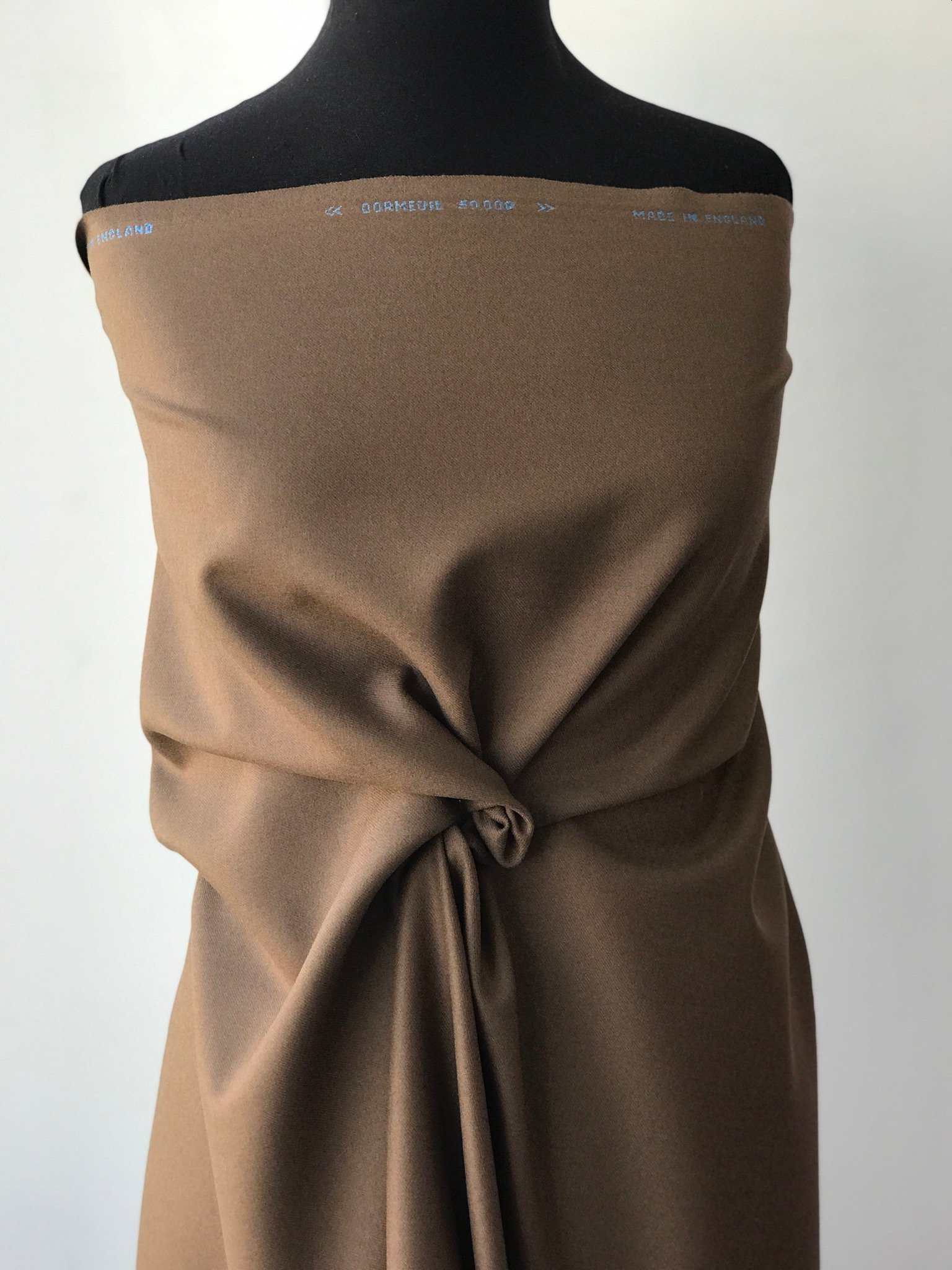 light brown, fawn, pure wool fabric for suiting skirt trouser coat, high end, Dormeuil 50000