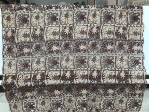 brown beige cream vintage guipure lace from Gamma Seta couture lace patchwork look lace
