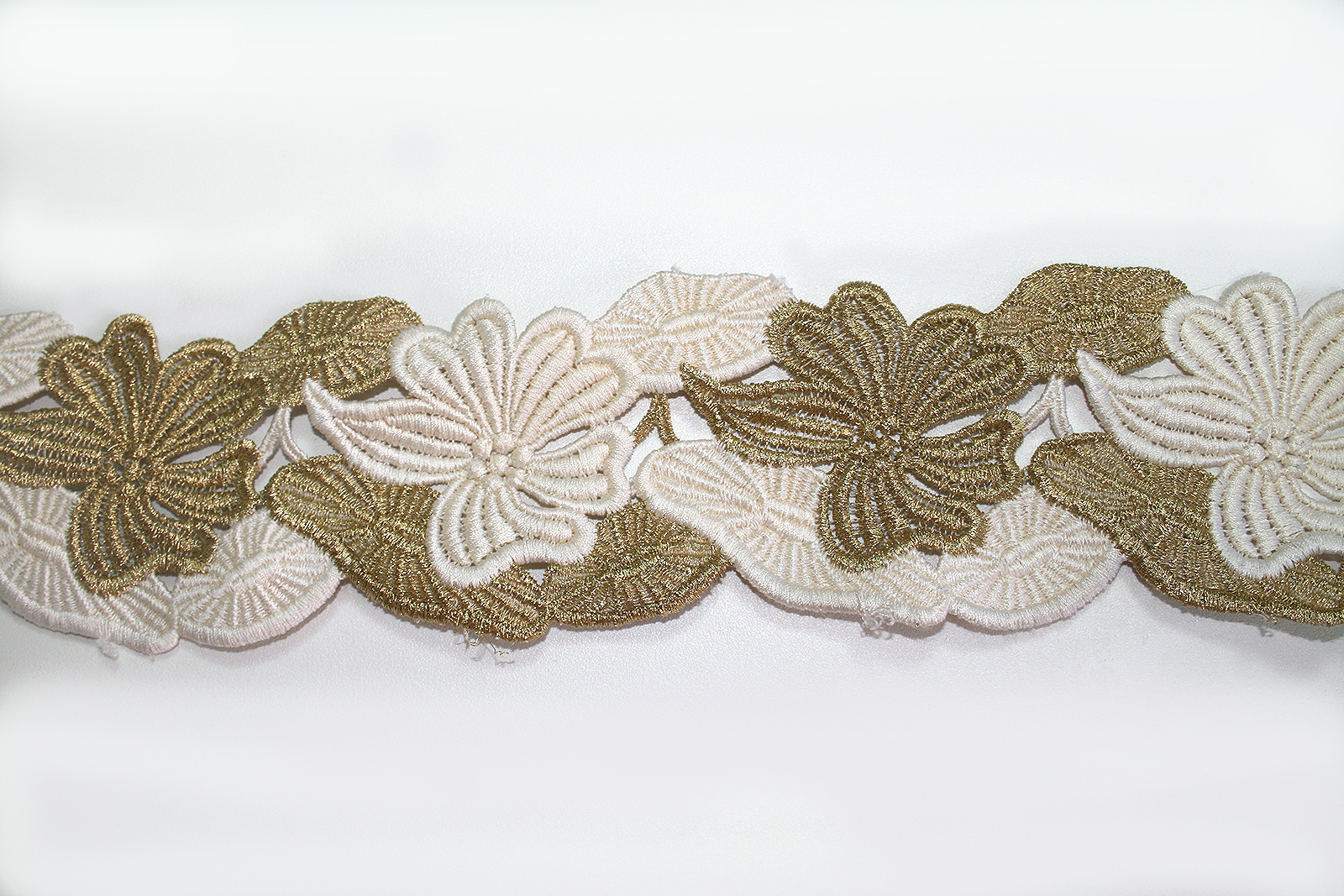White Cream Metallic Gold Bridal Border Trim Embroidery Scallop Edging Bustier Vail Hem Belt ...