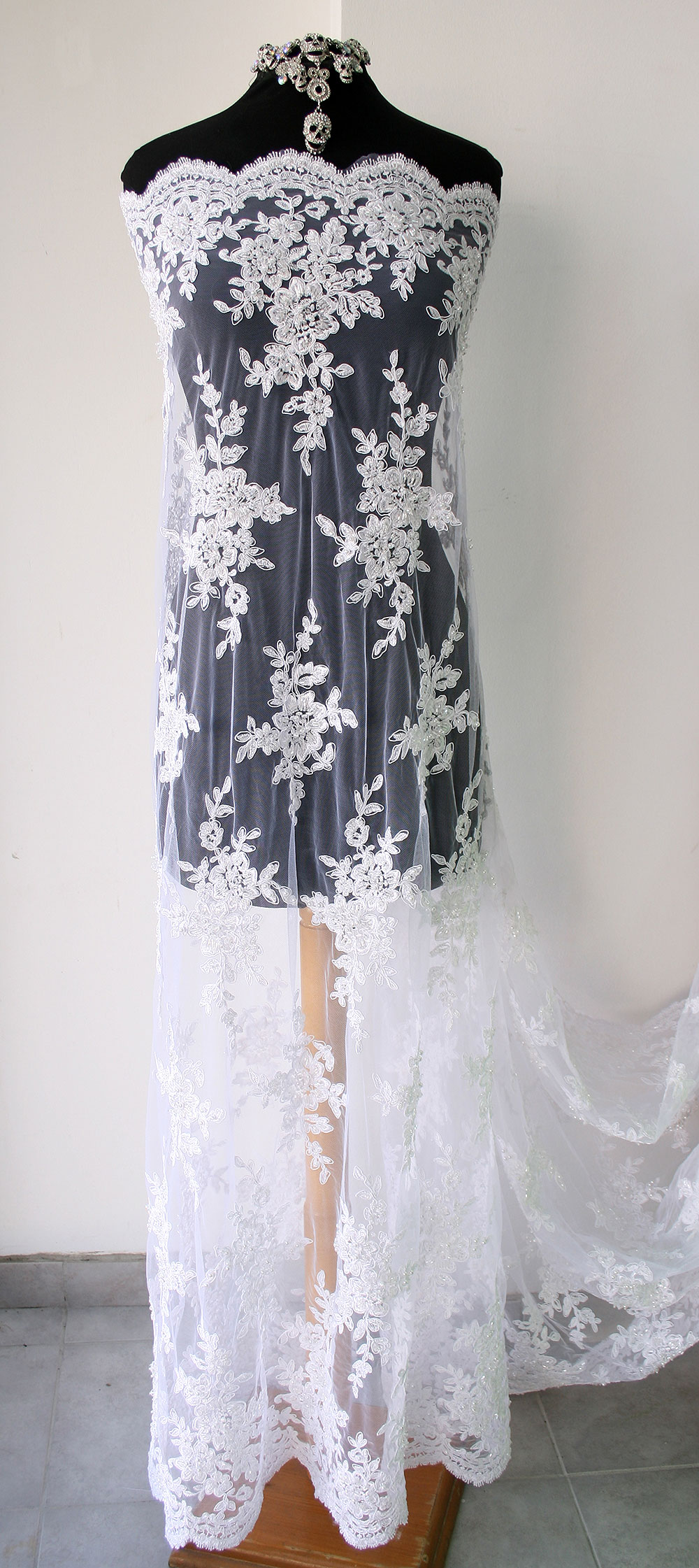 White Bridal Lace Fabric Tulle Floral Embroidery Pearls