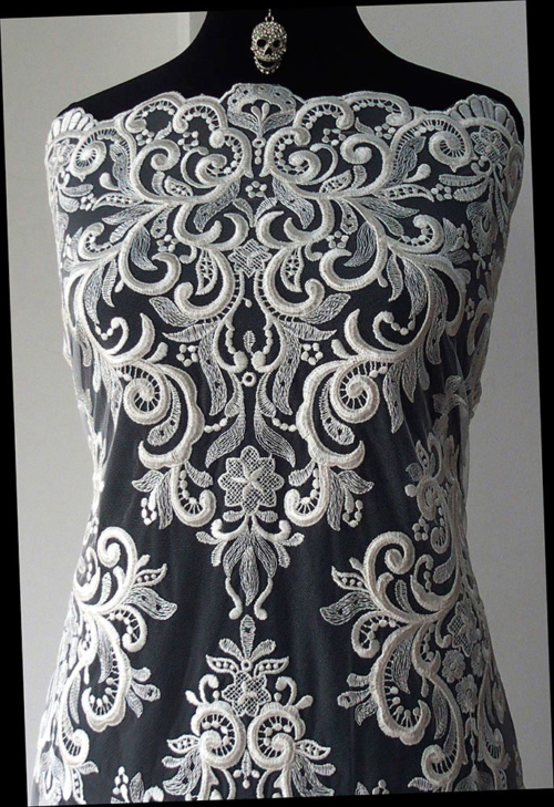 Baroque bridal lace