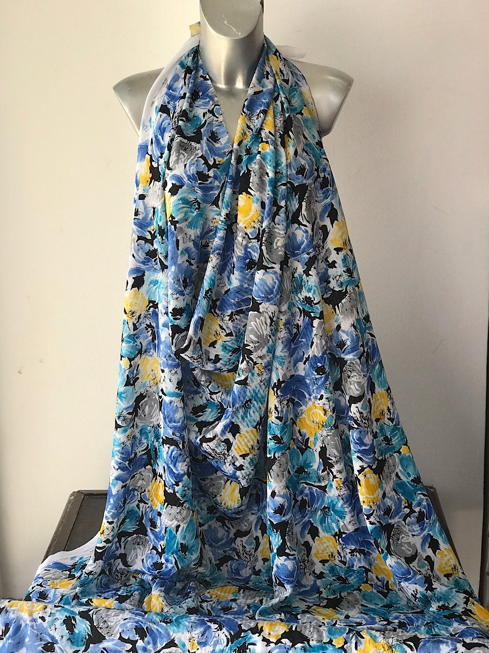 polyester print fabric for summer dress jacquard base floral print blue yellow white 140cm wide