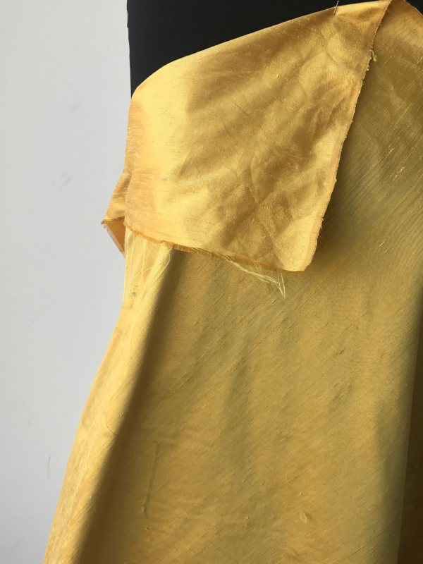 "Iridescent yellow gold 100% dupioni silk fabric yardage By the Yard 120cm 45"" wide raw silk Soie Sauvage Bordeux wine color"