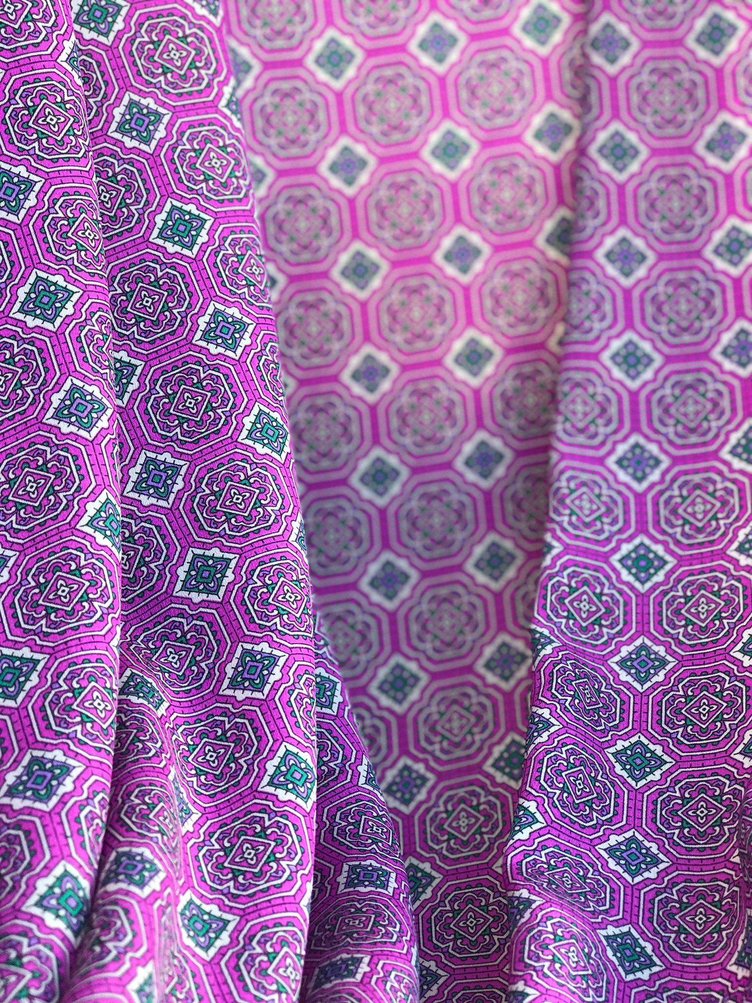 crepe de chin mixed silk fabric, pink fuchsia geometric print 140cm wide