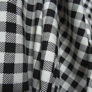 black on white 100% cotton print fabric check pattern gingham medium thick medium stiff print fabric animal print curtain table cloth