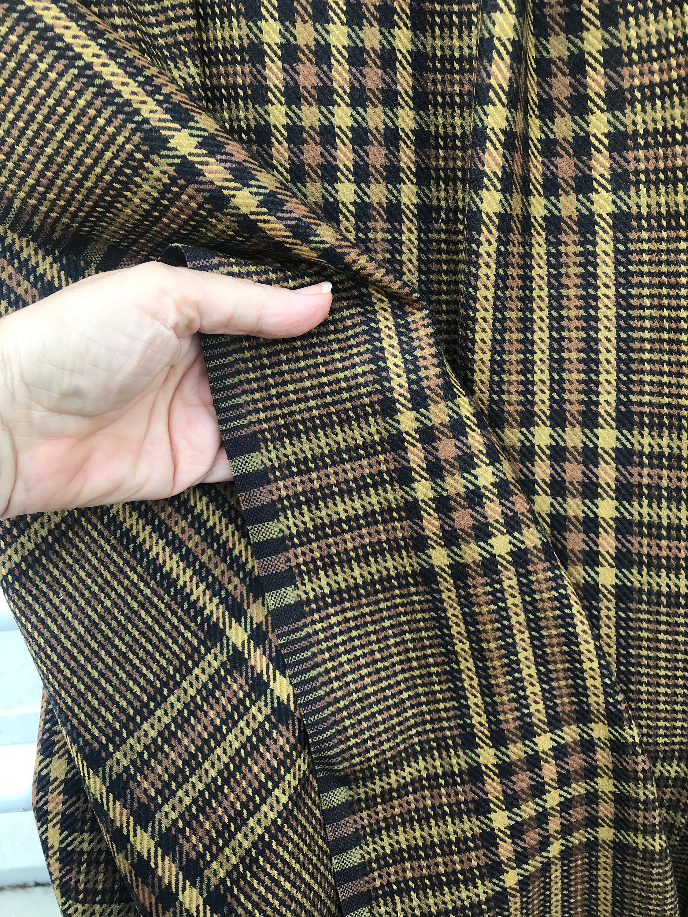prince of Wales check tartan wool fabric brown gold mustard check pattern wool suiting fabric pure wool suiting jacketing prince de Galles